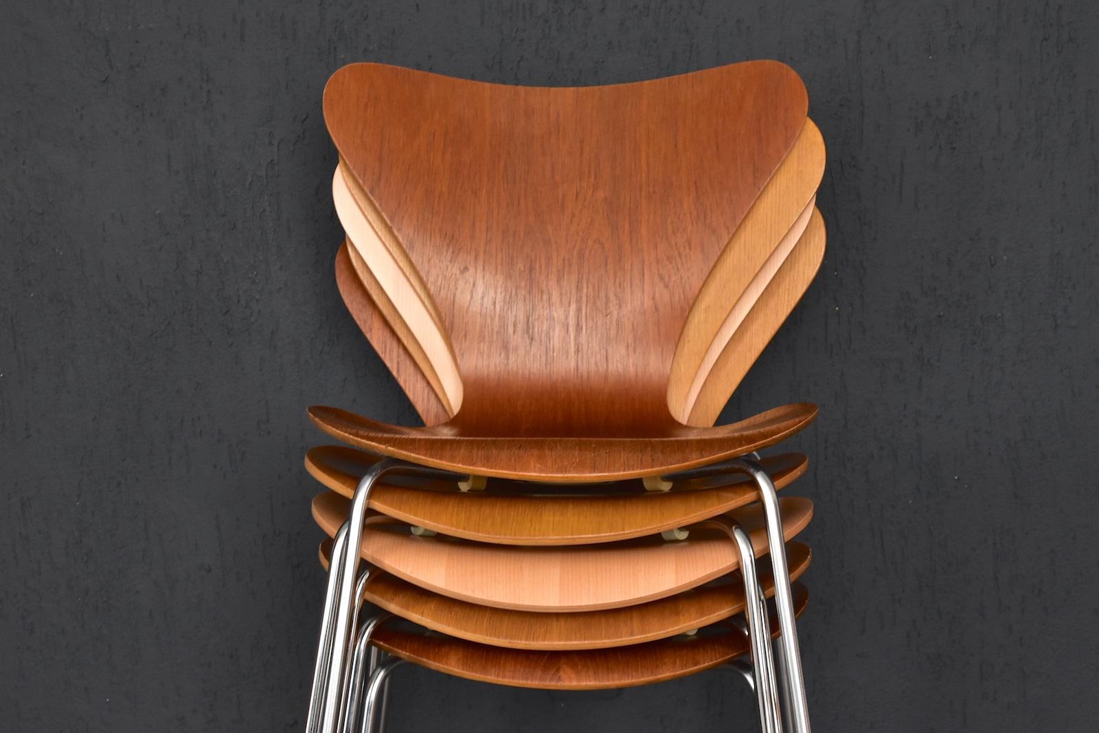 2x Fritz Hansen Stuhl 3107 Eiche Arne Jacobsen Chair Stapelstuhl 44cm Von 198