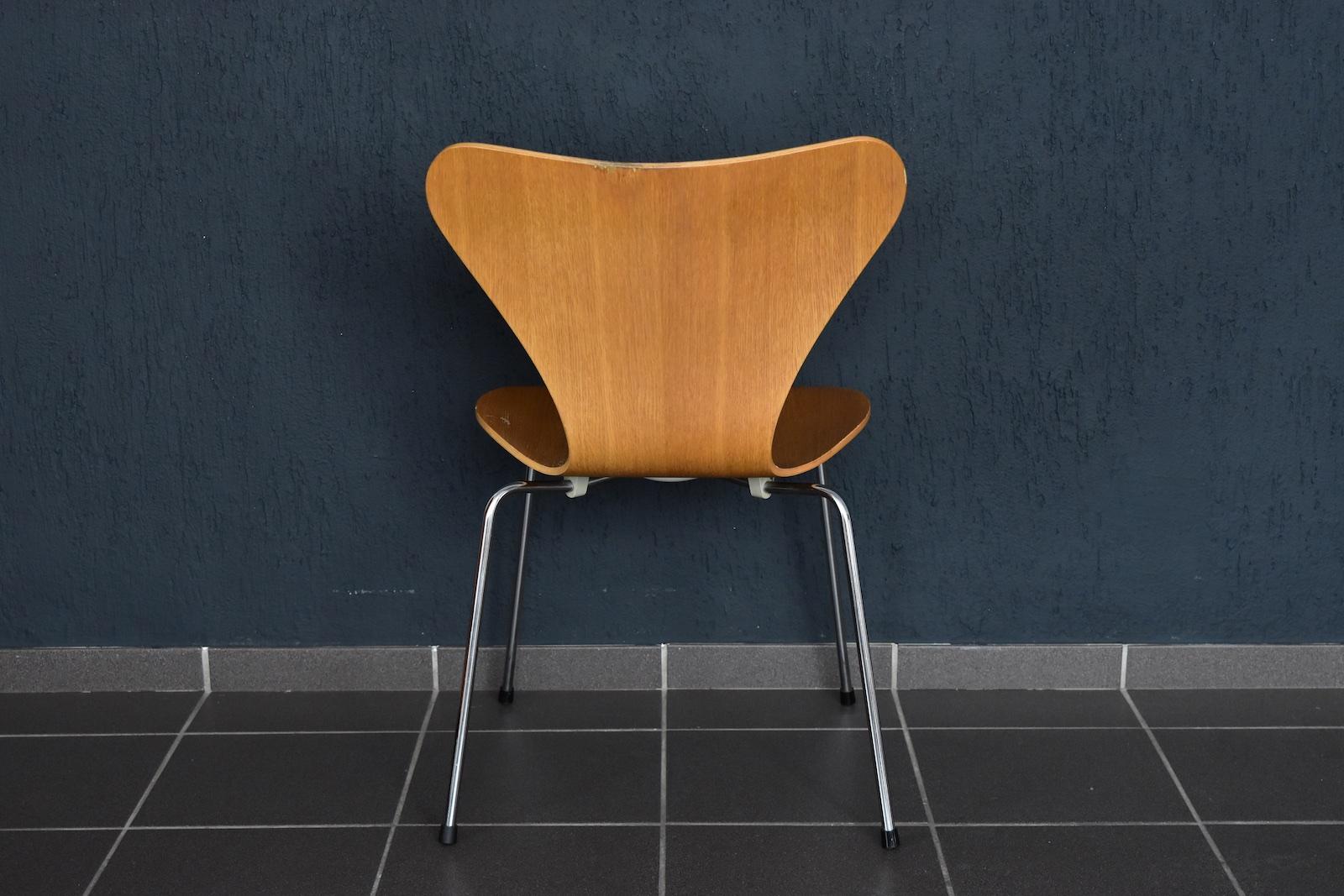 1x Fritz Hansen Stuhl 3107 Eiche Arne Jacobsen Chair Stapelstuhl 44cm Von 198